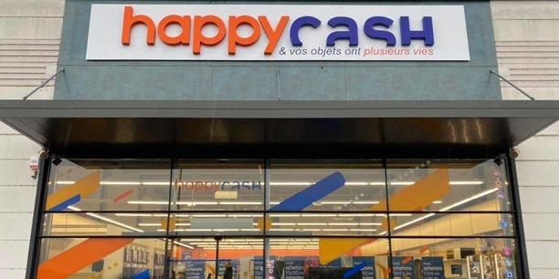 En dix ans, Happy Cash a développé un réseau de 180 magasins (15 en propre) en Europe. En 2020, il a revendu 15 millions d'articles de seconde main.