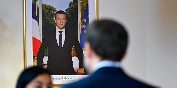 Si il veut l'emporter en 2022, Emmanuel Macron n'a d'autre choix que de vampiriser LR, comme il l'avait fait avec le PS.