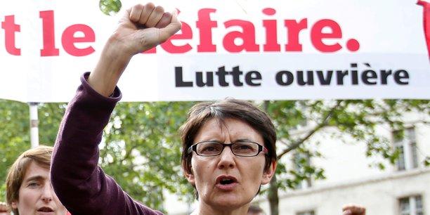 Je me suis rendue à Bezons pour soutenir les ouvrières et ouvriers de l'usine PPG, qui va fermer alors qu'elle compte 208 CDI et une centaine d'intérimaires et de sous-traitants. Que fait la région aujourd'hui ? Que fait madame Pécresse ? s'interroge la candidate de Lutte ouvrière aux élections régionales en Île-de-France, Nathalie Arthaud.