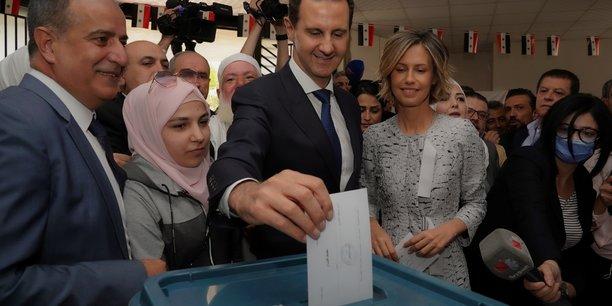 Syrie: Bachar al Assad a voté pour décrocher un quatrième mandat