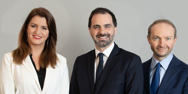 De gauche à droite: la ministre de la Citoyenneté Marlène Schiappa tête de liste Envie d'Ile-de-France à Paris, le chef de file Laurent Saint-Martin, et le sénateur de Paris Julien Bargeton co-tête de liste à Paris.