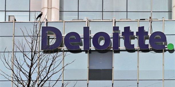 Deloitte, société créée en 1876, a recruté la moitié de ses 334.800 employés à travers le monde au cours des dix dernières années.