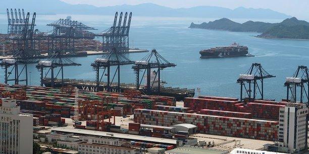 Le commerce mondial devrait accélérer à 8,2% en 2021.
