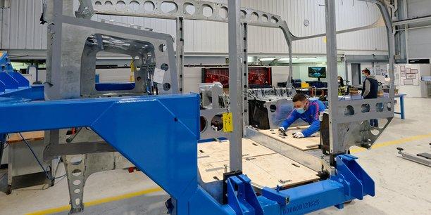 Le Grand-Est compte 18,2 % de ses effectifs dans le secteur industriel, mais la région manque d'investissements dans la recherche appliquée. Ici, les ateliers de Lohr Industrie à Duppigheim (Bas-Rhin).