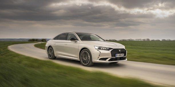 La DS9 consacre le retour de l'ingénierie automobile française sur le segment très germanique des voitures premium.