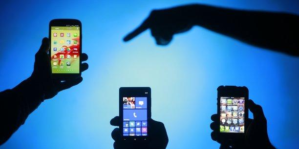 Le secteur des smartphones reconditionné bénéficie du soutien des ministères de l'Ecologie et du numérique, qui estiment qu'une exonération de cette redevance sera bénéfique à l'environnement.