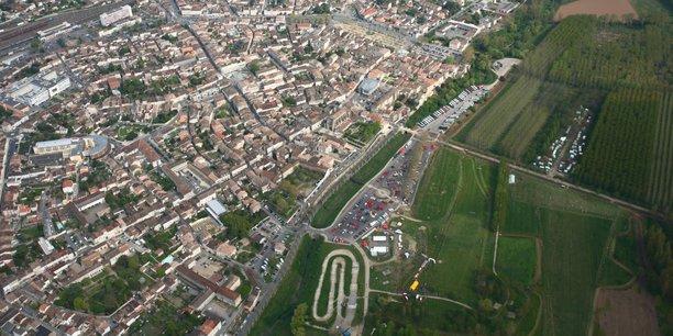Concernée par la LGV Bordeaux Toulouse et par les problématiques de l'agriculture, de l'aéronautique et des petites villes, l'agglomération de Marmande et ses 30.000 habitants concentrent les enjeux de la campagne des élections régionales des 20 et 27 juin en Nouvelle-Aquitaine.