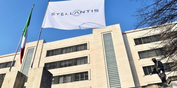 Rome veut attirer 1 milliard d'euros d'investissements dans une mega-usine de batteries, selon des sources[reuters.com]