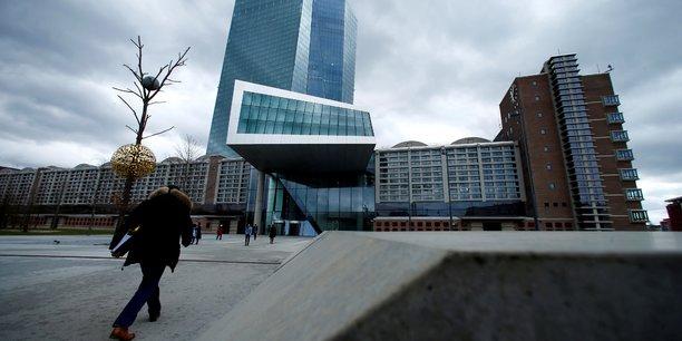 La bce releve ses previsions de croissance et d'inflation[reuters.com]