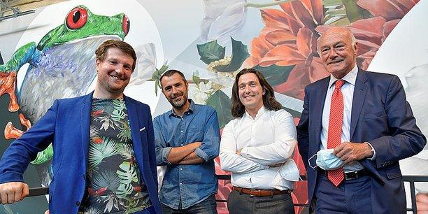 Alain Rousset, ici dans les locaux de Treefrog Therapeutics avec son équipe dirigeante, a fait des visites des usines et des entreprises l'une de ses marques de fabrique.