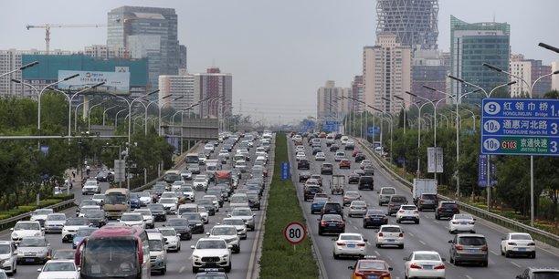 Chine: les ventes de voitures ont recule de 3% en mai, premiere baisse en 14 mois[reuters.com]