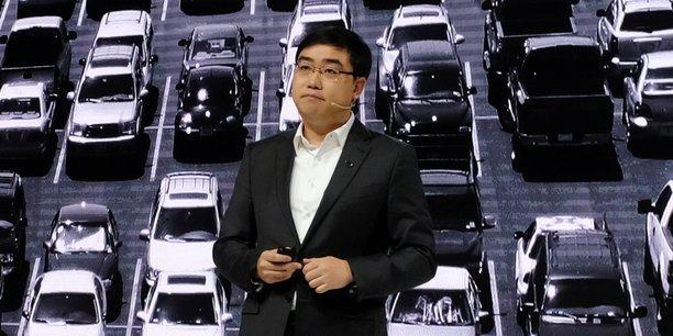 Fondé en 2012 par Cheng Wei, un ancien cadre du géant chinois du commerce en ligne Alibaba, Didi est disponible dans 15 pays, dont la Chine, la Russie et l'Australie.