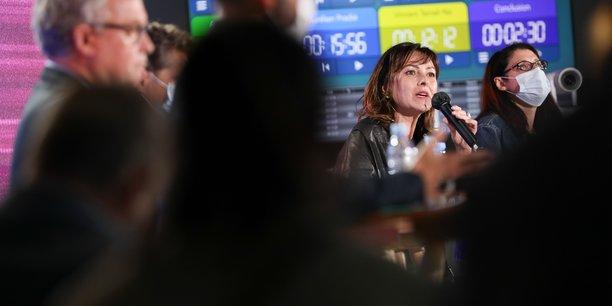 Carole Delga lors du débat d'avant premier tour des élections régionales en Occitanie, organisé par La Tribune à Toulouse, mardi 1er juin.