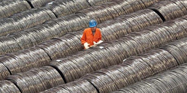 Chine: ralentissement de la production industrielle, des ventes au detail et de l'investissement[reuters.com]