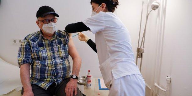 L'allemagne prete a vacciner tous ceux qui le souhaitent d'ici aout[reuters.com]