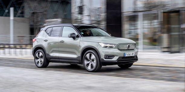 Rachetée en 2010 par le groupe chinois Geely, Volvo lui doit une grande partie de sa renaissance. Aujourd'hui, la marque d'origine suédoise bat des records de vente d'années en années, et vise une introduction en Bourse.