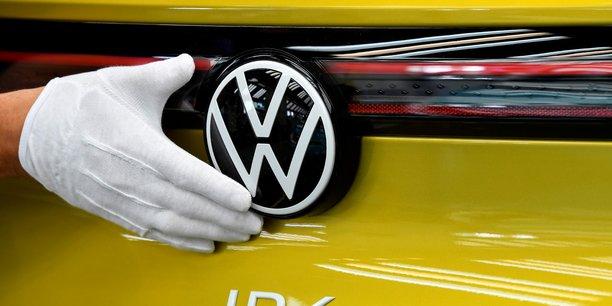 Volkswagen dit avoir soumis l'offre rejetee par europcar mobility[reuters.com]