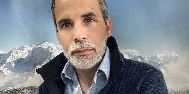 Réussir à ouvrir et démocratiser la montagne, mais sans sacrifier le modèle. Tel sera le défi du nouveau dg de l'Agence Savoie Mont Blanc, qui chapeaute actuellement de grandes assises de la la relance du tourisme, Demain Savoie Mont Blanc, qui doivent de clôturer après trois mois de discussions en juillet.