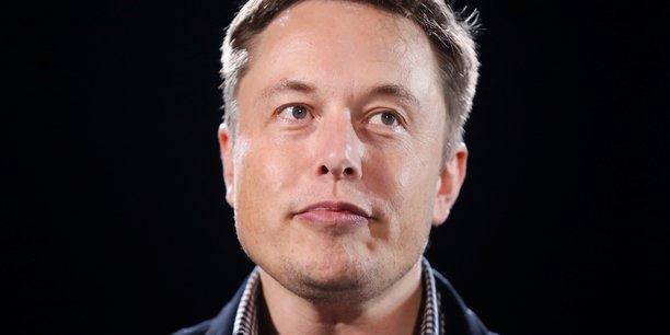 « En 2022, les investissements dans Starlink pourraient s'élever entre 5 et 10 milliards de dollars, ce qui est plutôt important ! », a affirmé Elon Musk.