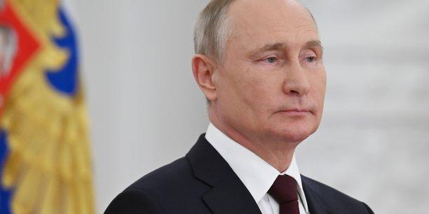 Facebook, Google, Telegram et Twitter doivent par ailleurs passer devant les tribunaux russes dans le courant du mois pour de nouvelles accusations de non suppression de contenus jugés illégaux.