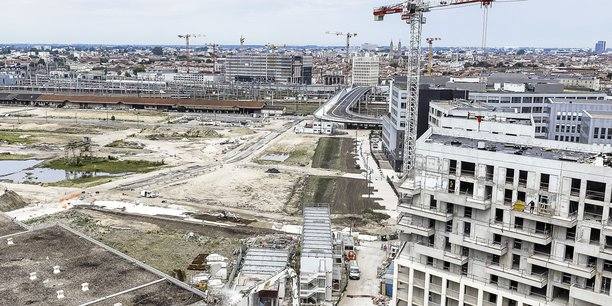 Alors que les chantiers se poursuivent dans la métropole, notamment à Euratlantique, une école dédiée aux métiers de la transition énergétique ouvrira ses portes en septembre 2021.