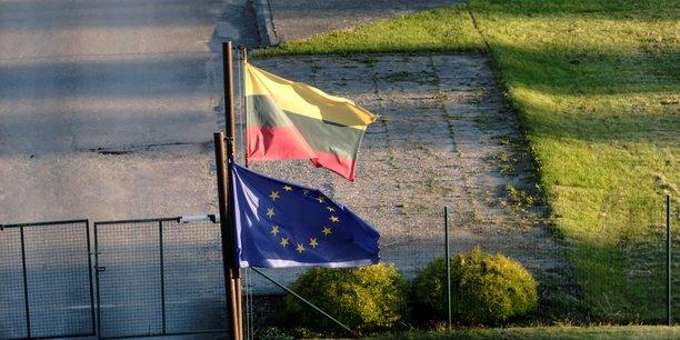 Lituanie: le parlement autorise la detention massive des demandeurs d'asile[reuters.com]