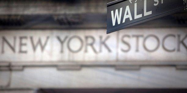 Wall street ouvre en hausse tiree par les resultats d'entreprises[reuters.com]