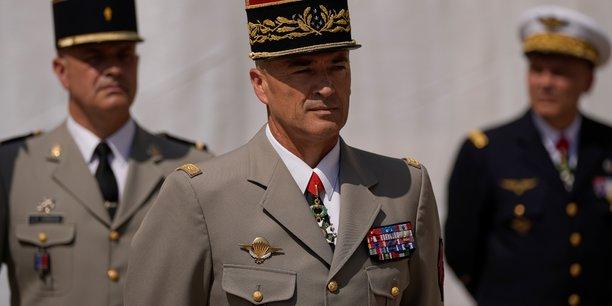 Le general burkhard remplace le general lecointre comme chef d'etat-major[reuters.com]
