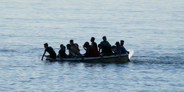 Naufrage de migrants au large de la tunisie, au moins 17 morts[reuters.com]