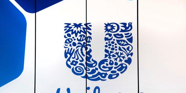 Unilever depasse les attentes au t2 mais abaisse ses previsions annuelles[reuters.com]