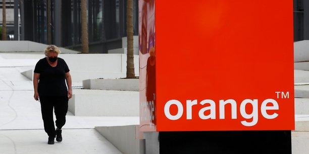 Panne des services d'urgence: le gouvernement reproche a orange sa lenteur[reuters.com]