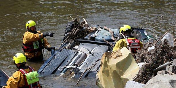 Le bilan des inondations en belgique s'alourdit a 37 morts[reuters.com]