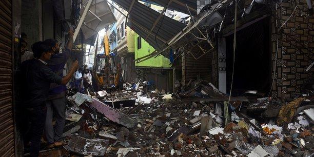 Au moins 51 morts dans les intemperies en inde[reuters.com]