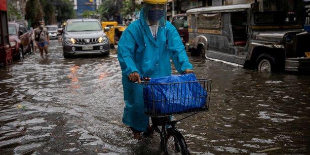 Philippines : des milliers de personnes evacuees apres des inondations[reuters.com]