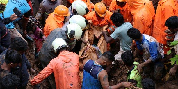 Inde : inondations et glissements de terrain font au moins 125 morts[reuters.com]