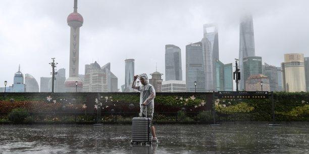 La chine se prepare a l'arrivee du typhon in-fa[reuters.com]