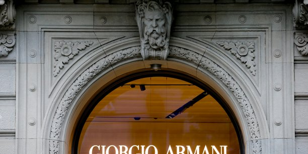 Armani se remet de la pandemie avec un bond de 34% de ses ventes au s1[reuters.com]
