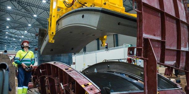 Outre la production des moules pour voussoirs, CBE Group a installé en 35 ans 285 usines automatisée de fabrication de ces produits partout dans le monde, comme ici sur le chantier Follo line en Norvège (© Nicolas Tourrenc)