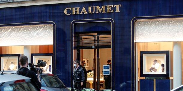 France: deux suspects interpelles apres le braquage d'une bijouterie chaumet[reuters.com]
