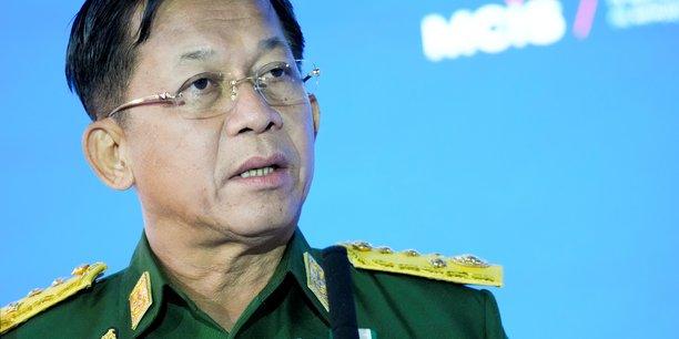Birmanie: le chef de la junte promet des elections, se dit pret a cooperer avec l'asean[reuters.com]