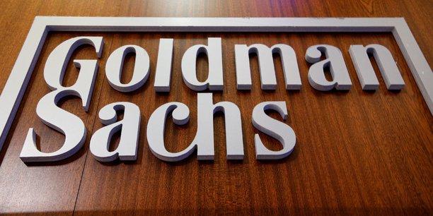 Goldman sachs releve le salaire de ses banquiers debutants, selon business insider[reuters.com]