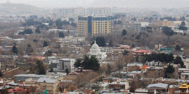 Afghanistan: puissante explosion et coups de feu entendus a kaboul[reuters.com]