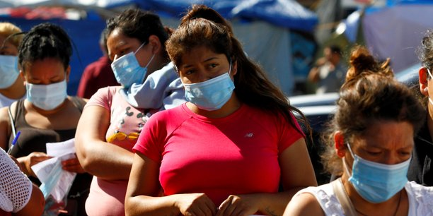 Les etats-unis vont proposer la vaccination aux migrants, selon le washington post[reuters.com]