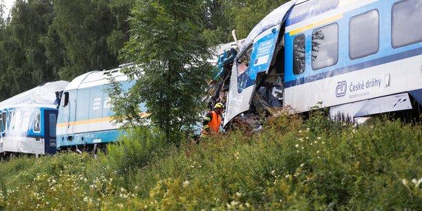 Deux morts dans une collision ferroviaire en republique tcheque[reuters.com]