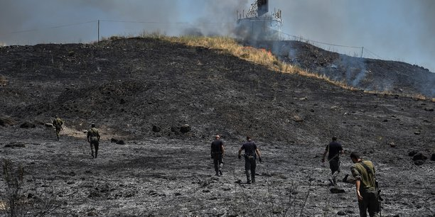 Israel procede a des frappes aeriennes contre le liban apres des tirs de roquettes[reuters.com]