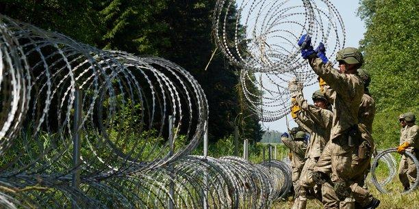 Varsovie accuse minsk d'envoyer un nombre croissant de migrants a sa frontiere[reuters.com]