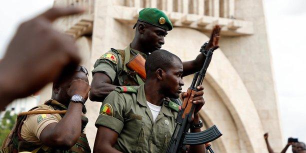 Au mali, 11 soldats tues et 10 blesses dans une attaque[reuters.com]