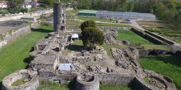 Le Château St-Michel d'Avully à Brenthonne (Haute-Savoie) fait partie des 12 sites sélectionnés en Auvergne Rhône-Alpes par la Mission Bern.