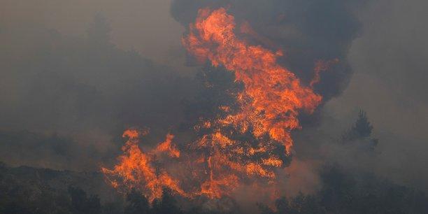 Pour Christian Pinaudeau, qui vient de soutenir une thèse sur le sujet, canicule, vent et sécheresse ne sont que des phénomènes aggravants des incendies de forêt. L'Homme étant la cause de l'écrasante majorité de ces sinistres.