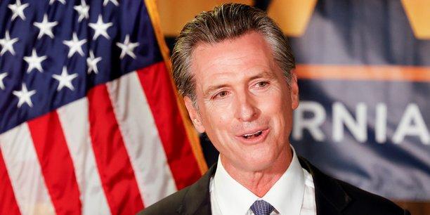 Le gouverneur californien conserve son poste[reuters.com]